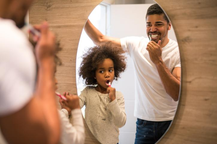 Guia sobre saúde oral: da gestação à infância