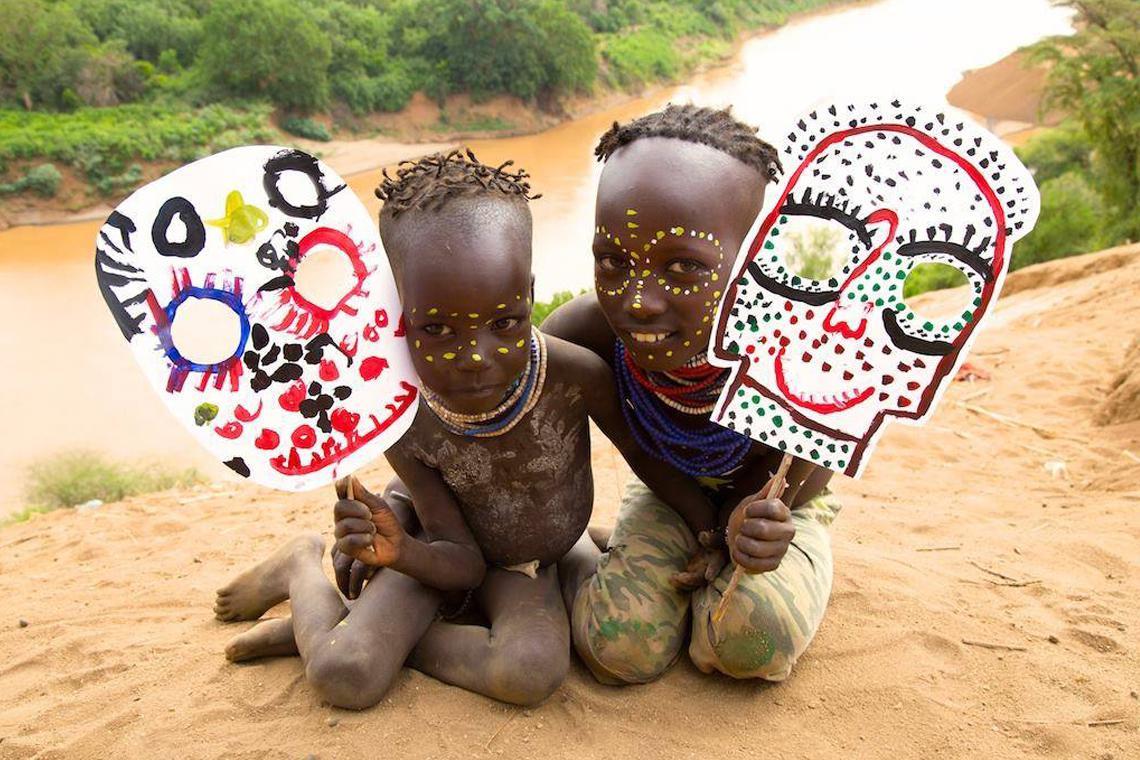 O que crianças de diversos lugares do mundo sentem quando desenham?