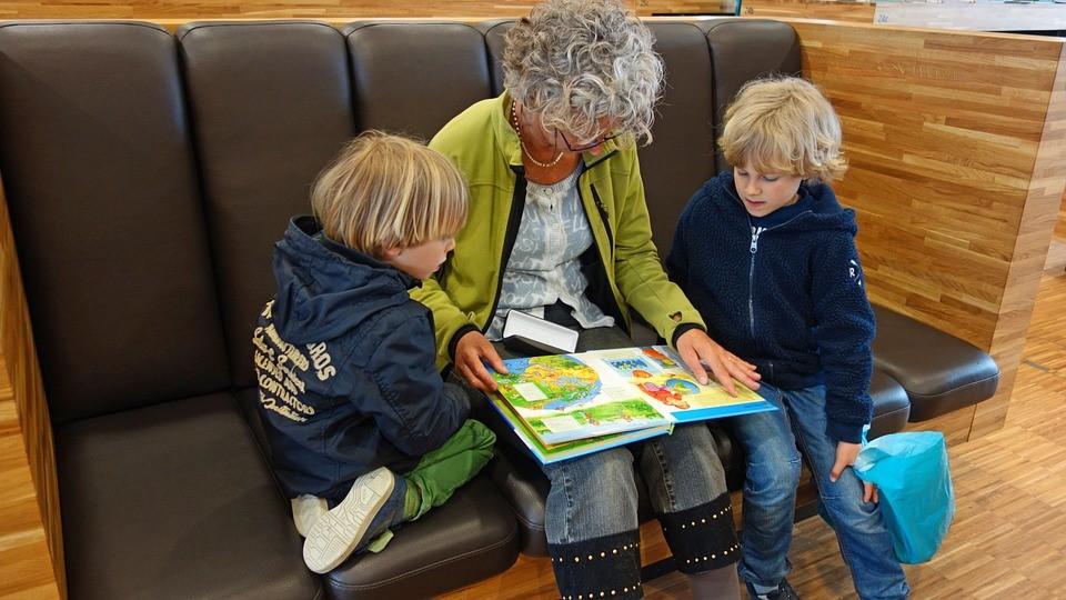 Como criar crianças leitoras