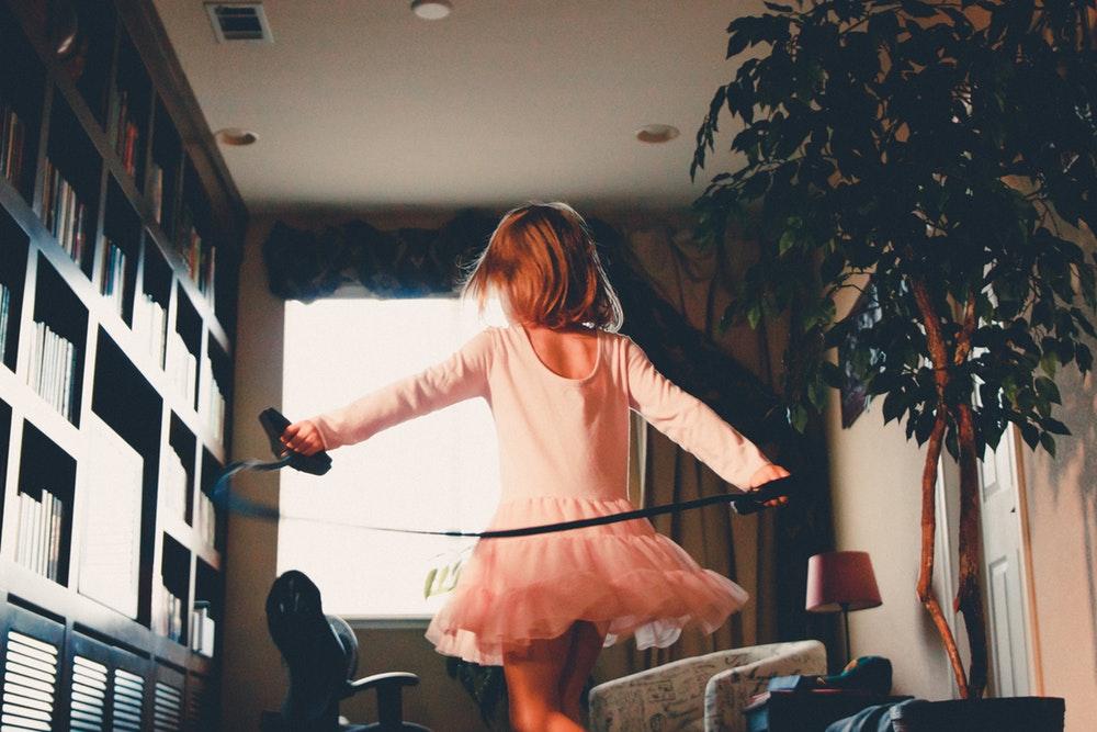 Questões de gênero na infância: a construção da identidade e o papel da família