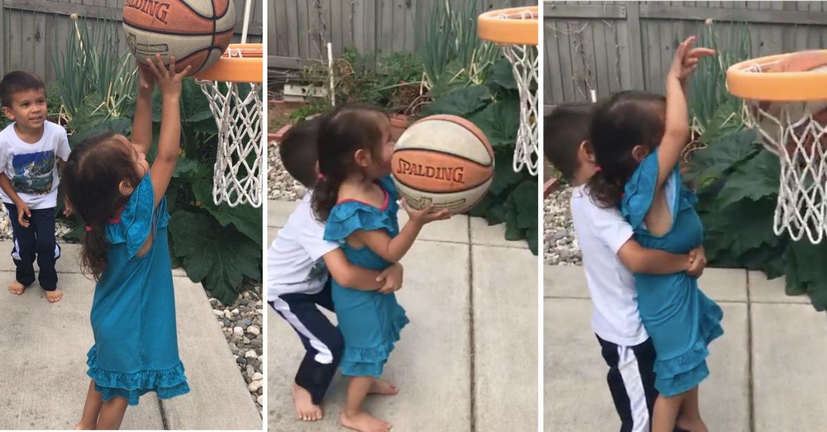 Interação entre crianças: quando elas mostram que também aprendem umas com as outras